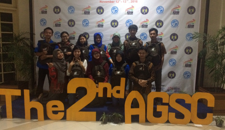 UGM Raih The Best Presenter di AGSC 2016