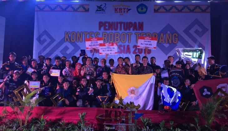 UGM Juara Umum Kontes Robot Terbang Indonesia 2016