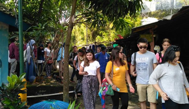 Mahasiswa Australia Pelajari Perencanaan Wilayah dan Kota di UGM