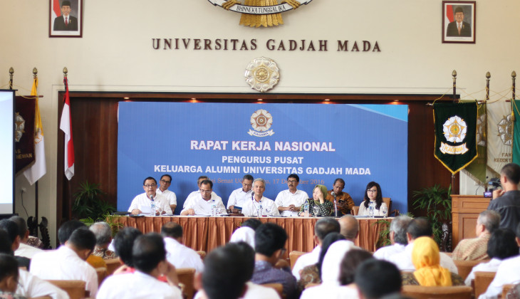 Ganjar Pranowo Himbau Alumni UGM Ikut Menjaga Kemajemukan