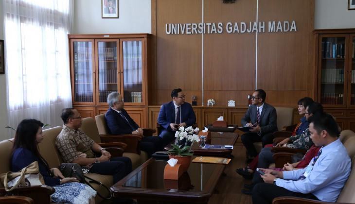 Chungnam National University Menjajaki Kerja Sama dengan UGM
