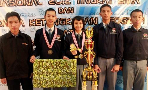 SMA Taruna Nusantara Juara I Olimpiade Geografi Nasional 2012