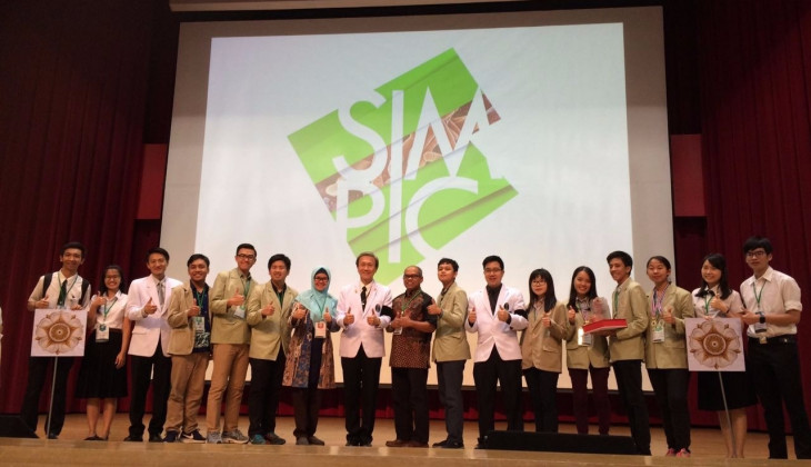 Tim FK UGM Juara 2 Kompetisi Mikrobiologi Internasional di Thailand