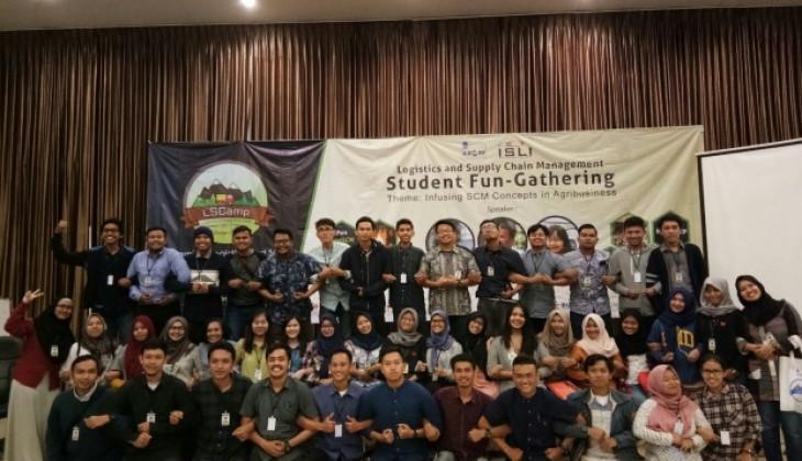 Delapan Mahasiswa UGM Ikuti LSCAMP