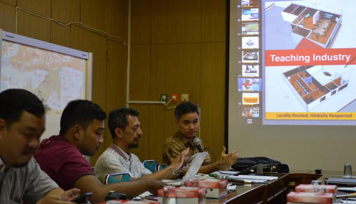 Sekolah Vokasi Terima 2.266 Mahasiswa Baru dan Kembangkan Prodi D4
