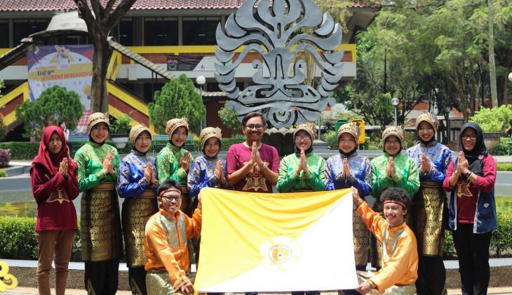 Rampoe UGM Raih Prestasi di NFF Universitas Indonesia
