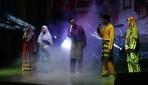 Mahasiswa Internasional Menyuguhkan Pertunjukan Seni Budaya