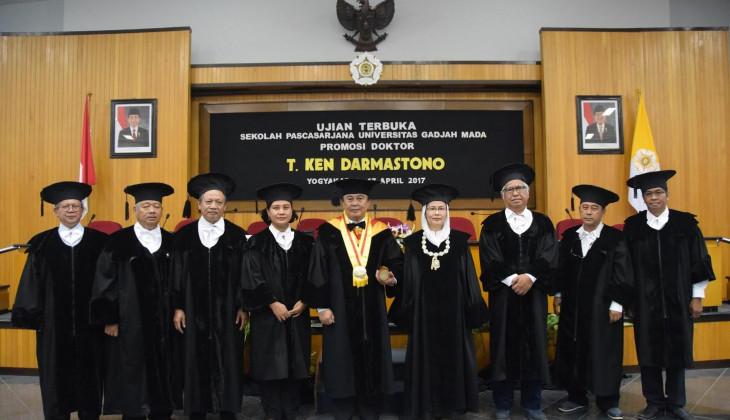 Ketua STTA Yogyakarta Raih Doktor UGM
