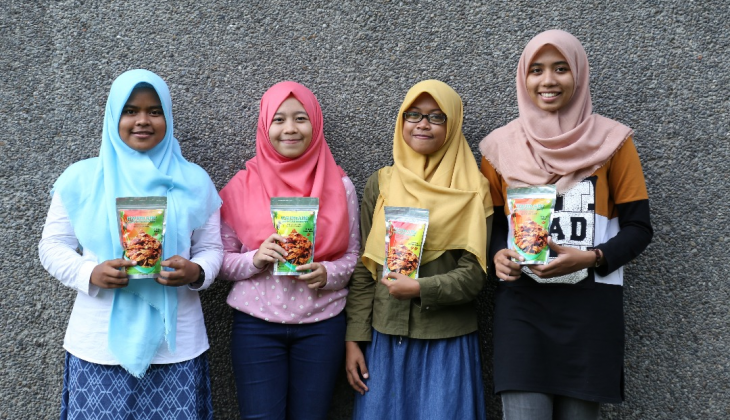 Mangrove Fruit Chips by UGM Students