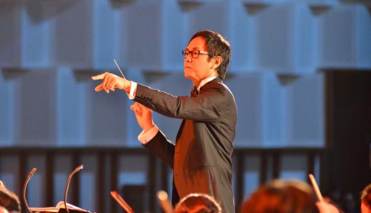 Addie MS Memimpin Orkestra Mahasiswa UGM dalam Grand Concert GMCO