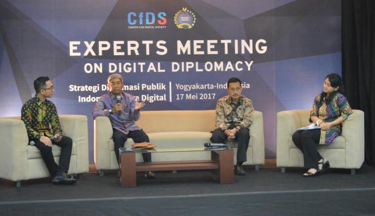 Diplomasi Harus Menjawab Tantangan Era Digital