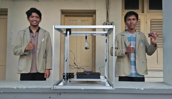 Robot Pengecat Tembok Luar Gedung Bertingkat Karya Mahasiswa UGM