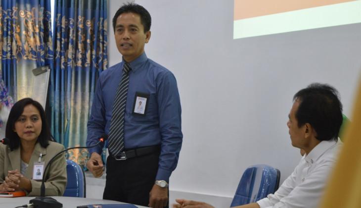 Tingkatkan Kualitas Pelayanan, Fakultas Farmasi Mengadakan Pelatihan bagi Tenaga Kependidikan