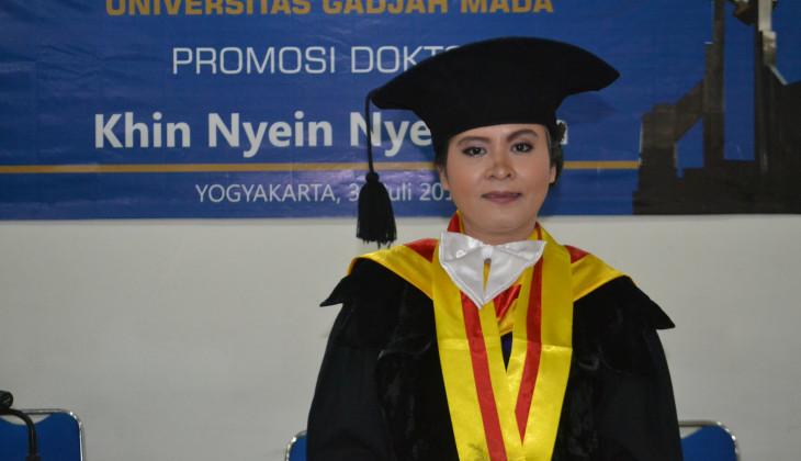 Mahasiswa Asal Myanmar Raih Doktor Ilmu Geologi di UGM