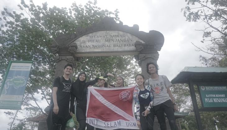 Unit Selam UGM Mengeksplorasi Keindahan Bawah Air Bali Barat