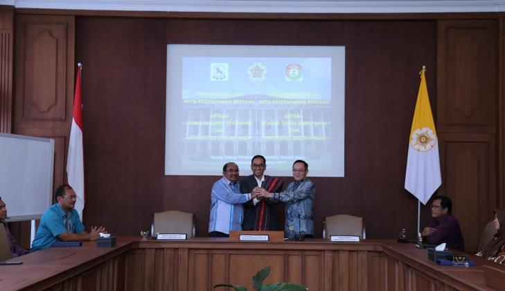 UGM- Lembaga Karya Pokphand-Pemkab Sumba Barat Daya Jalin Kerja Sama