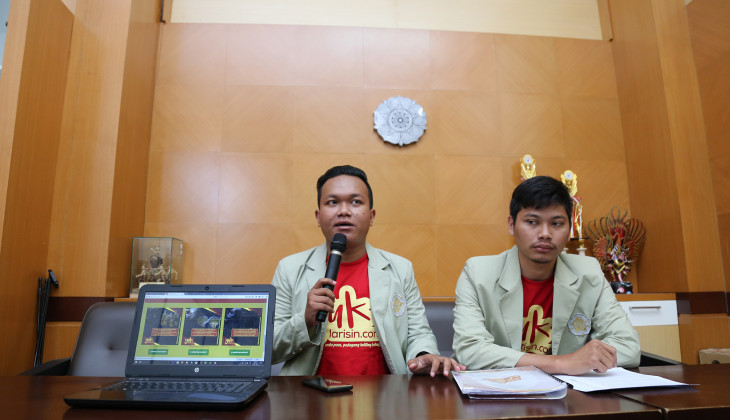 Bantu Pedagang Keliling, Mahasiswa UGM Bikin Aplikasi YukLarisin.com