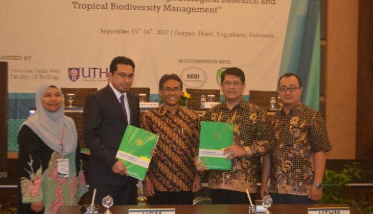 Ratusan Pakar Dunia Paparkan Riset Biologi dalam Konferensi Internasional Biologi UGM