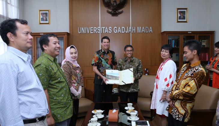 UGM Menjalin Kerja Sama Manajemen Bencana dengan University of Hawai dan PDC
