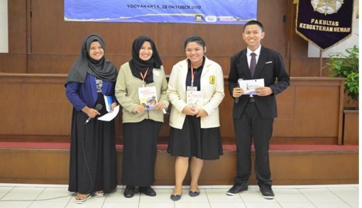 Mahasiswa FKH UGM Juara Lomba Karya Tulis dan Poster Kimvetnas