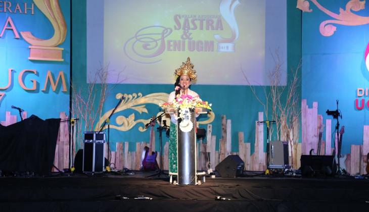 Malam Anugerah Sastra dan Seni UGM 2017