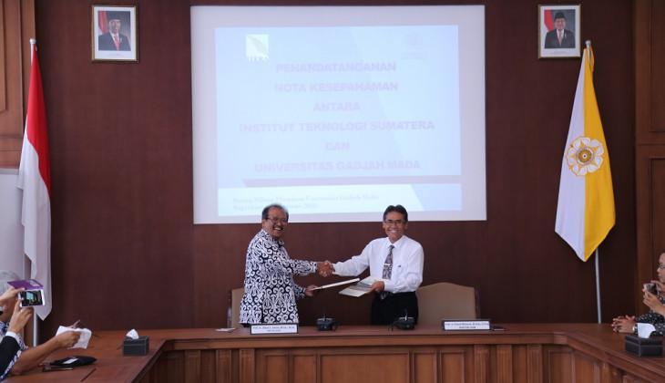 UGM dan ITERA Kerja Sama Pengembangan Institusi