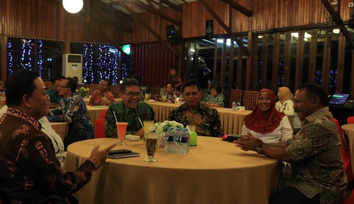 UGM Menyapa Alumni di Papua Barat